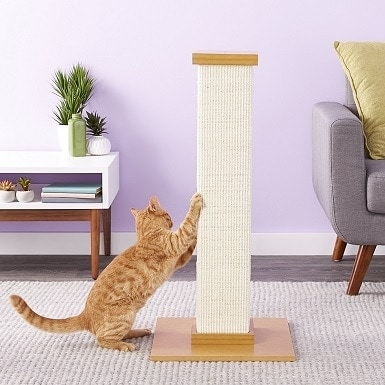 3SmartCat The Ultimate 32-in Sisal Cat Scratching Post