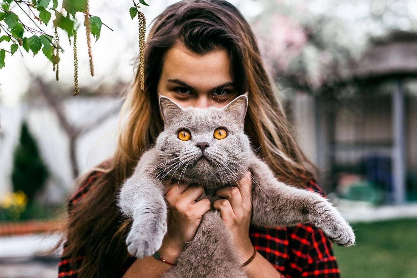 teenage girl and cat