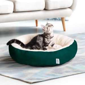 cat in Love's cabin Round Donut Cat Bed