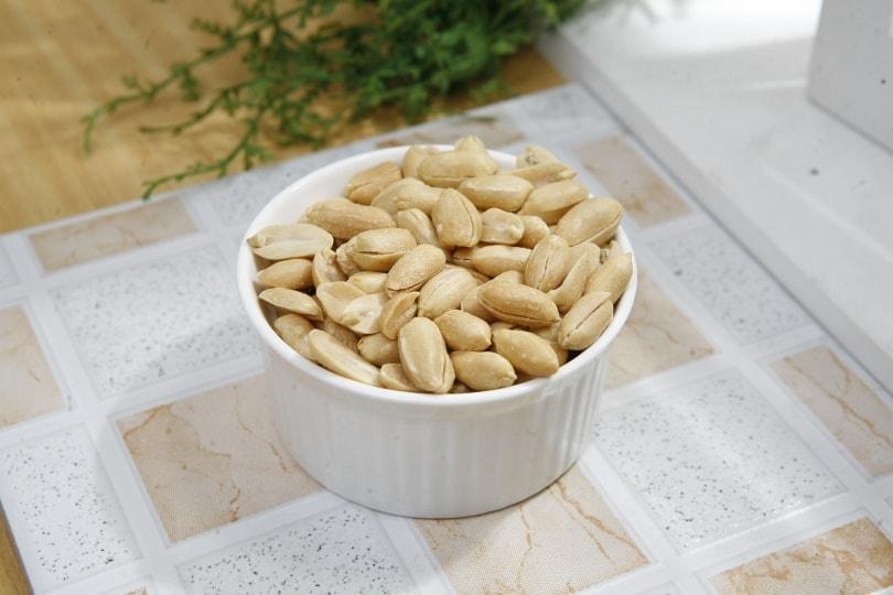 seasoned-peanuts_heecehil_Pixabay
